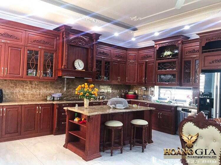 tủ bếp gỗ gõ đỏ