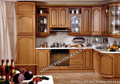 Mẫu tủ bếp vật liệu gỗ hương bền đẹp